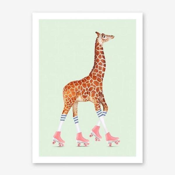 Picture of Rollerskating Giraffe